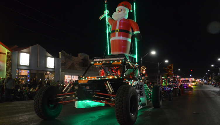 Christmas Festivities Kick Off In Kingman With Parade Of Lights