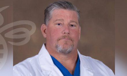KRMC welcomes orthopedic surgeon Mark Davis