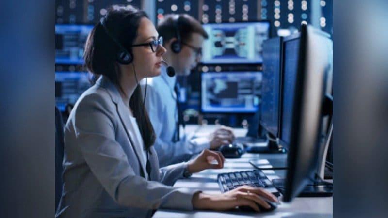 Kingman 911 Communications Center Awarded National Public Safety Communications Accreditation by CALEA