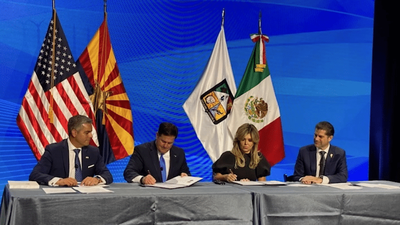 Ducey, Pavlovich Sign Water, Air Quality Agreement